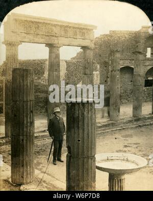 """'Triangular Forum, Ruins of Pompeii', Italy, c1909. Open public space in the ancient Roman city of Pompeii, (near near modern Naples), which was destroyed by an eruption of Mount Vesuvius in 79 AD. One of a set of stereocard views by George Rose, boxed as """"Studies through the Stereoscope"""", to be viewed on a Sun Sculpture stereoscope made by Underwood & Underwood. [The Rose Stereograph Company, Melbourne, Sydney, Wellington & London, c1909] - Stock Photo"""