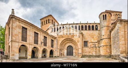 Colegiata de Santa Juliana, 12th century, Romanesque style, in Santillana del Mar, Cantabria, Spain - Stock Photo