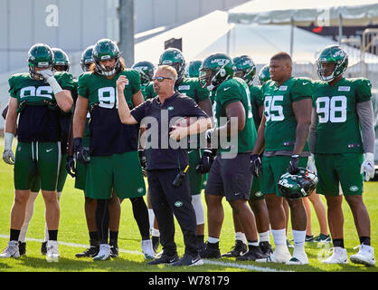 August 5, 2019, Florham Park, New Jersey, USA: Defensive Coordinator Gregg Williams talks to his defense during training camp at the Atlantic Health Jets Training Center, Florham Park, New Jersey. Duncan Williams/CSM - Stock Photo
