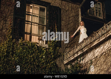 RELEASE DATE: August 23, 2019 TITLE: Ready Or Not STUDIO: Fox Searchlight Pictures DIRECTOR: Matt Bettinelli-Olpin, Tyler Gillett PLOT: A bride's wedding night takes a sinister turn when her eccentric new in-laws force her to take part in a terrifying game. STARRING: SAMARA WEAVING as Grace. (Credit Image: © Fox Searchlight Pictures/Entertainment Pictures) - Stock Photo