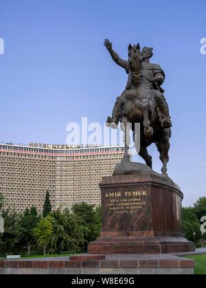 Monument of Amir Timur in front of Hotel Uzbekistan, Tashkent, Uzbekistan, Asia - Stock Photo
