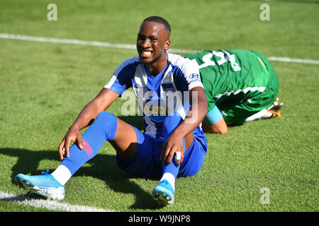 Ingolstadt, Deutschland. 14th Aug, 2019. Preview of Bundesliga opening match FC Bayern Munich-Hertha BSC Berlin. Archive photo; Dodi LUKEBAKIO (Hertha BSC), sitting on the pitch, action, football DFB Pokal 1st round. VFB Eichstaett-Hertha BSC Berlin 1-5, 11.08.2019 in Ingolstadt/AUDI SPORTPARK, DFL REGULATIONS PROHIBIT ANY USE OF PHOTOGRAPH AS IMAGE SEQUENCES AND/OR QUASI VIDEO. ¬ | usage worldwide Credit: dpa/Alamy Live News - Stock Photo