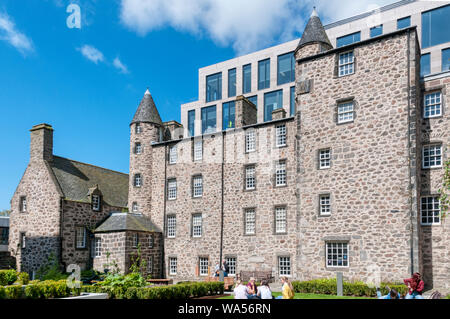 Provost Skene's House in Aberdeen was built in 1545. It is now open as a Period House and Museum of Local History. - Stock Photo