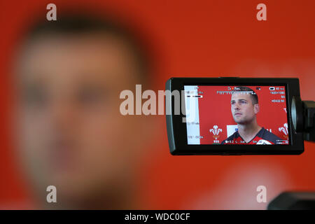Cardiff, UK. 29th Aug, 2019. Wales rugby player Scott Williams speaks to the press. Wales rugby team announcement press conference at the Vale Resort, Hensol, near Cardiff, South Wales on Thursday 29th August 2019. the Wales team are playing against Ireland this weekend as they both prepare for the Rugby World Cup 2019 being held in Japan this autumn. pic by Andrew Orchard/Andrew Orchard sports photographyAlamy Live News Credit: Andrew Orchard sports photography/Alamy Live News - Stock Photo