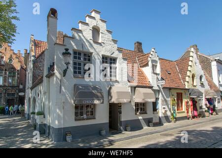 Belgium, Western Flanders, Bruges, historical centre listed as World Heritage by UNESCO, Wijngaard street - Stock Photo