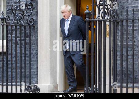 Westminster, London, UK. 5th Sept, 2019. The Israeli prime minister, Benjamin Netanyahu, in Downing Street to meet UK Prime Minister Boris Johnson. Penelope Barritt/Alamy Live News - Stock Photo