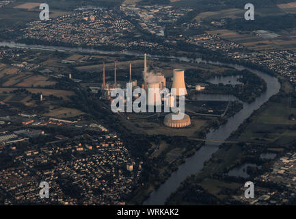 06 July 2018, Hessen, Großkrotzenburg: The Staudinger power plant, a steam power plant located on the Main River, mainly fired by hard coal, seen from the cockpit of an aircraft. Photo: Frank Rumpenhorst/dpa - Stock Photo