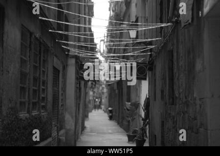A long lane in the Barrio Gothico, - Stock Photo
