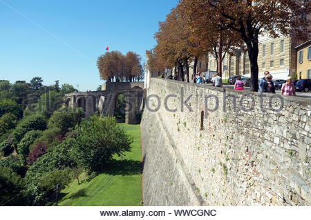 The castle walls of the old Città Alta ('Upper Town'), of Bergamo, Lombardy, Italy. - Stock Photo