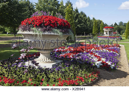 England, London, Regents park, Avenue Gardens tooth, flowerbed, - Stock Photo