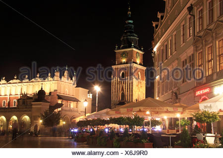 KRAKOW - MAIN MARKET AT NIGHT - Stock Photo