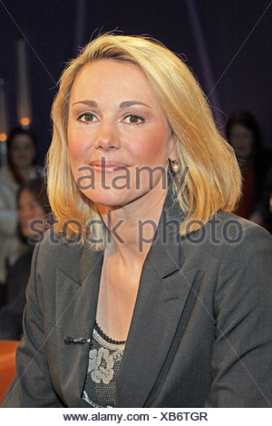 Wulff, Christian, * 19.6.1959, German politician (Christian Democratic Union), Federal President since 2010, portrait of his wife Bettina, in the German telecast 'NDR Talk Show', Hamburg, Germany, 11.3.2011, Additional-Rights-Clearances-NA - Stock Photo