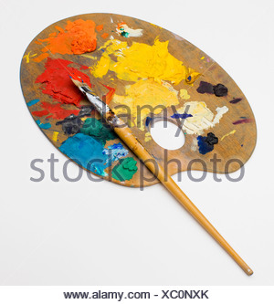 Paintbrush and palette, close-up - Stock Photo