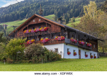geography / travel, Italy, South Tyrol, old mountain farm near Ahornach, above of the Tauferer valley, Additional-Rights-Clearance-Info-Not-Available - Stock Photo