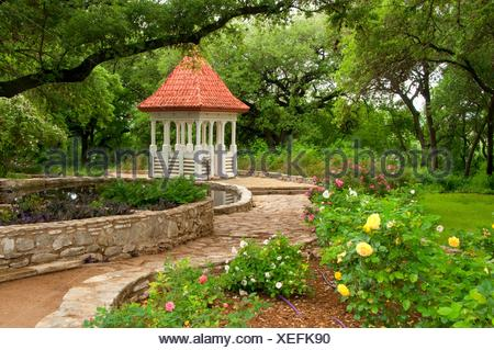 Bickler Cupola, Zilker Botanical Garden, Austin, Texas. - Stock Photo
