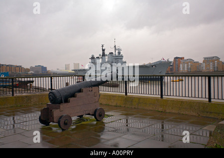 HMS Illustrious anchored in Greenwich London during a visit in November 2006 - Stock Photo