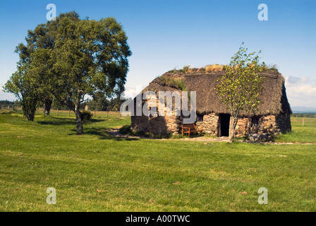 dh Old Leanach farmhouse CULLODEN MOOR INVERNESSSHIRE Traditional Scottish crofter cottage at Cullodens battlefield Scotland history