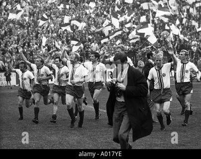football, Regionalliga, 1968/1969, promotion match to the Bundesliga, 1969/1970, Rot-Weiss Essen versus VfL Osnabrueck - Stock Photo