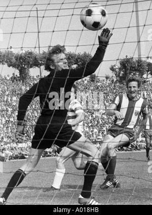 football, Bundesliga, 1970/1971, MSV Duisburg versus Bayern Munich 2:0, Wedau Stadium, goalkeeper Sepp Maier, Schwarzenbeck, - Stock Photo