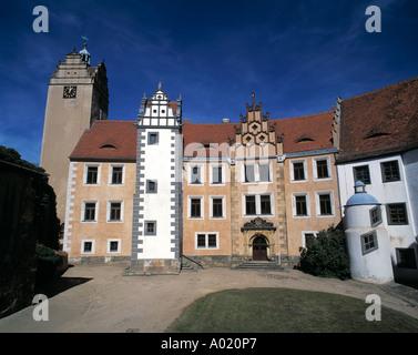Renaissanceschloss und Schlosshof in Strehla, Elbe, Sachsen - Stock Photo