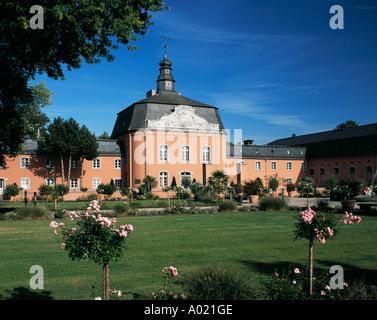 Barockschloss Wickrath in Moenchengladbach, Niederrhein, Nordrhein-Westfalen - Stock Photo