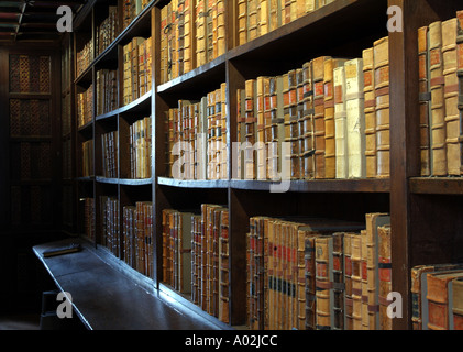 Books in Duke Humfreys Library in the Bodleian - Stock Photo