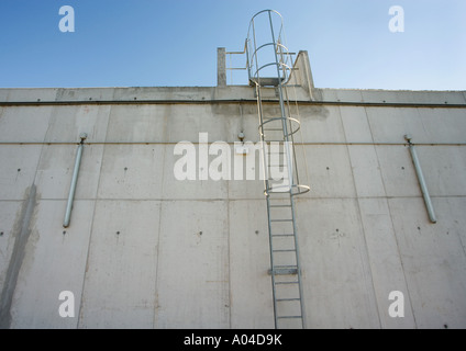 Industrial building in concrete, close-up - Stock Photo