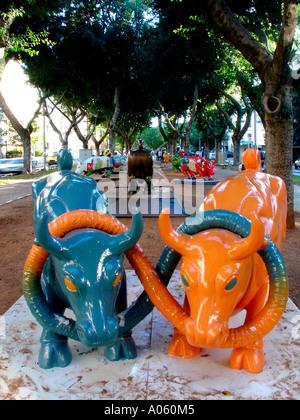 Contemporary sculpture in Rothschild Boulevard, Tel Aviv  Israel - Stock Photo