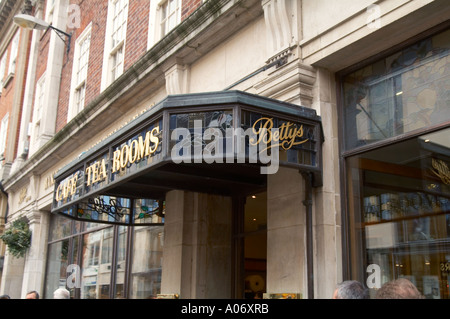 bettys, Betty's, tea, room, tearooms, rooms, famous, tourist, destination, in York, north, yorkshire, England, Britain, - Stock Photo