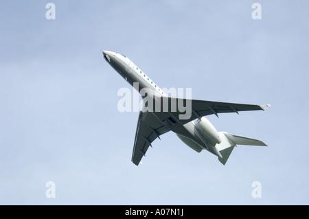 Dassault Falcon 900 super large Tri Jet departing Inverness Dalcross Airport.  XAV 3991-380 - Stock Photo
