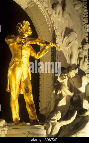 Johann Strauss II statue Stadtpark Vienna Austria - Stock Photo