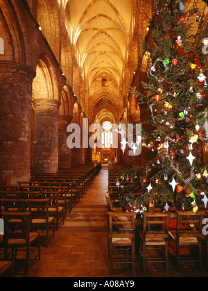 dh St Magnus Cathedral KIRKWALL ORKNEY Orkneys Cathedrals at Christmas tree and aisle interior - Stock Photo