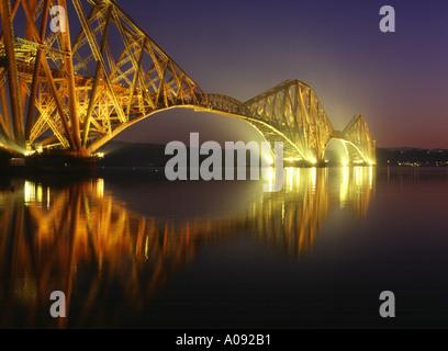 dh Railway Bridge Scotland FORTH BRIDGE FIFE Victorian Cantilever steel Firth of Forth river dusk night iconic rail bridges