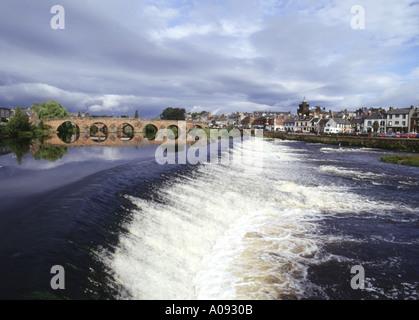 dh Devorgilla Bridge DUMFRIES GALLOWAY Multiple stone arch bridge across River Nith