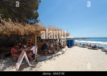 Lunch at a beach bar on Palombaggia Beach, near Porto Vecchio, Corse du Sud, Corsica, France - Stock Photo