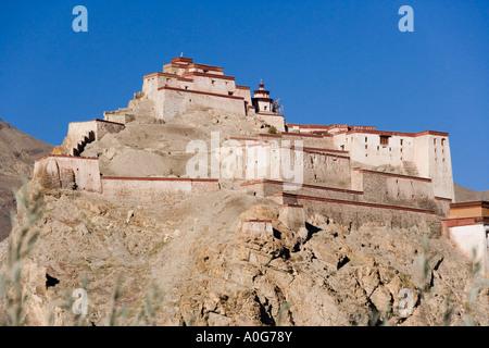 Gyantse Fort in the Tibetan town of Gyantse in the Tibet Autonomous Region of China - Stock Photo