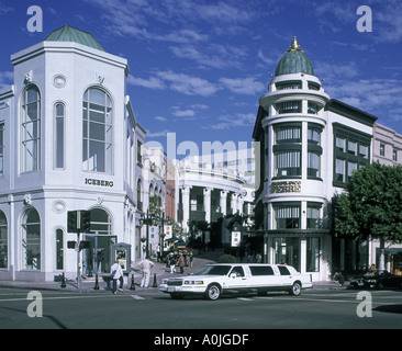 USA Los Angeles Beverly Hills Rodeo Drive stretch limousine - Stock Photo