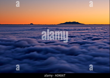 Sunrise , Tongariro National Park from Mount Taranaki / Mount Egmont , Egmont National Park , North Island , New - Stock Photo
