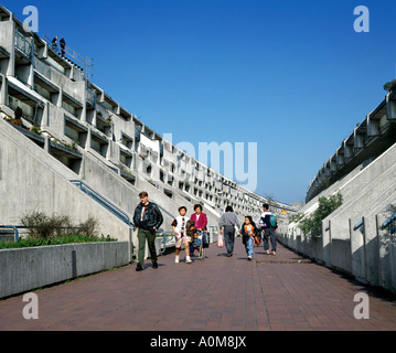 Children in Langtry Walk, part of the Alexandra Road Estate, London NW8 - Stock Photo
