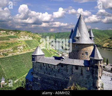DE - RHINELAND PALATINATE: Stahleck Castle above River Rhine - Stock Photo