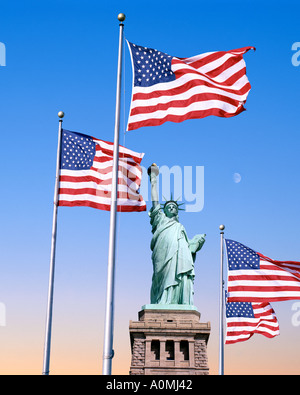 USA - NEW YORK: Statue of Liberty on Liberty Island - Stock Photo