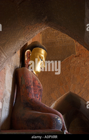 Buddha image and frescoes from the Konbaung period Sulamani Pahto built in 1181 by King Narapatisithu Old Bagan - Stock Photo