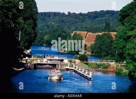 Temple Lock on the River Thames near Bisham Berkshire England United Kingdom Europe - Stock Photo