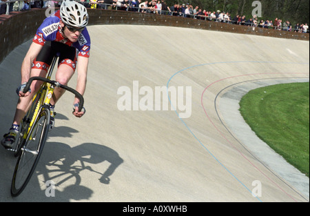 United Kingdom, England, London,  Competive cycling at the Velodrome stadium in Herne Hill - Stock Photo