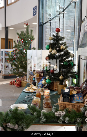 Helmsley Castle visitor centre and shop at Christmas - Stock Photo