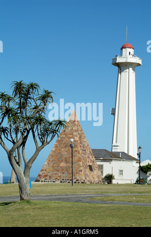 Port Elizabeth Eastern Cape South Africa RSA The Donkin Reserve. Lighthouse and monument to Lady Elizabeth Donkin - Stock Photo