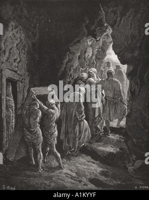 Engraving from The Dore Bible illustrating Genesis xxiii 19 and 20 The Burial of Sarah by Gustave Dore - Stock Photo