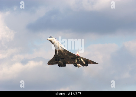 Concorde final commercial flight arriving at Heathrow airport - Stock Photo