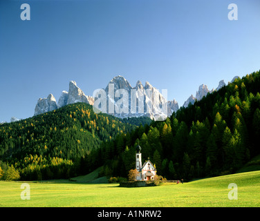 IT - TRENTINO:  St. Johann in Ranui - Stock Photo