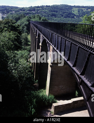 The Pont-Cysyllte Aqueduct built from iron by Telford  to carry the Llangollen Canal over the river Dee - Stock Photo